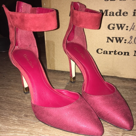 74f46e20c6c Red Calvin Klein heels brand new